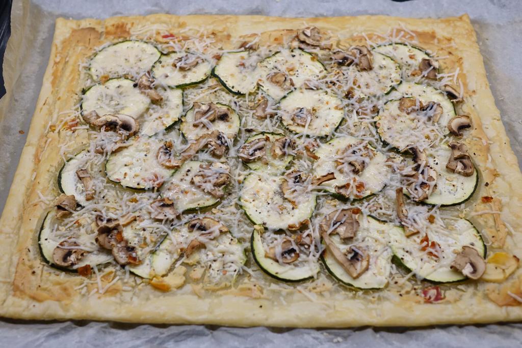 Snabb smördegspizza