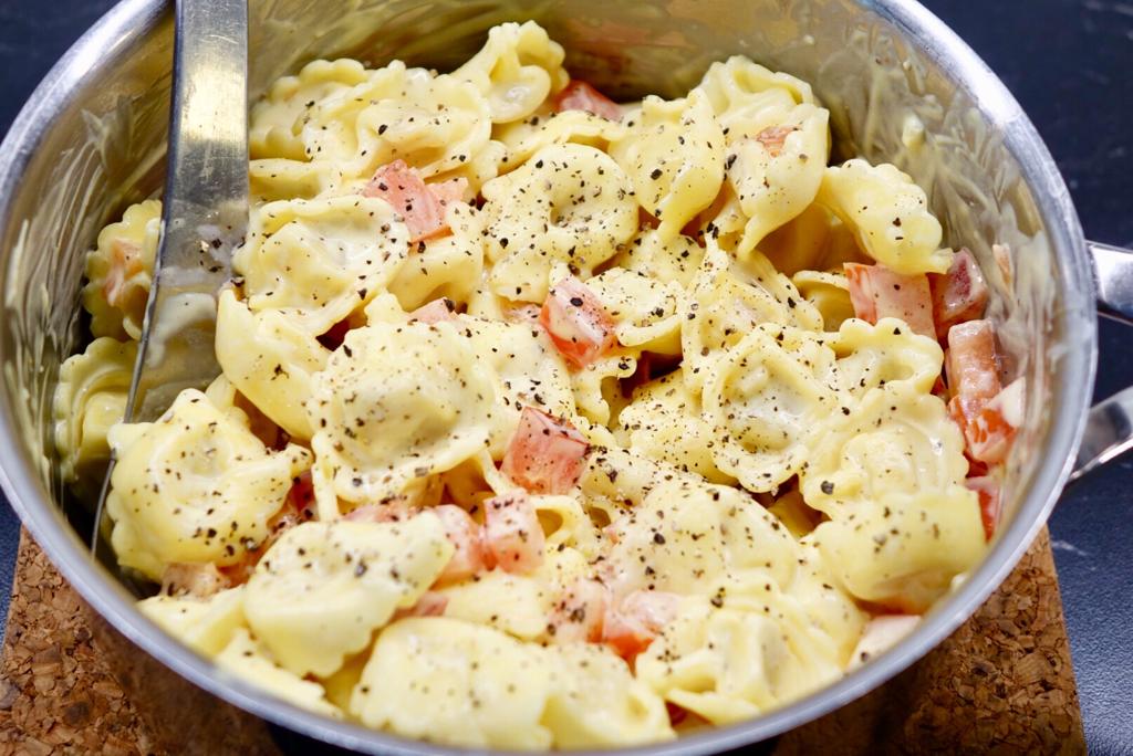 Färsk pasta med currysås