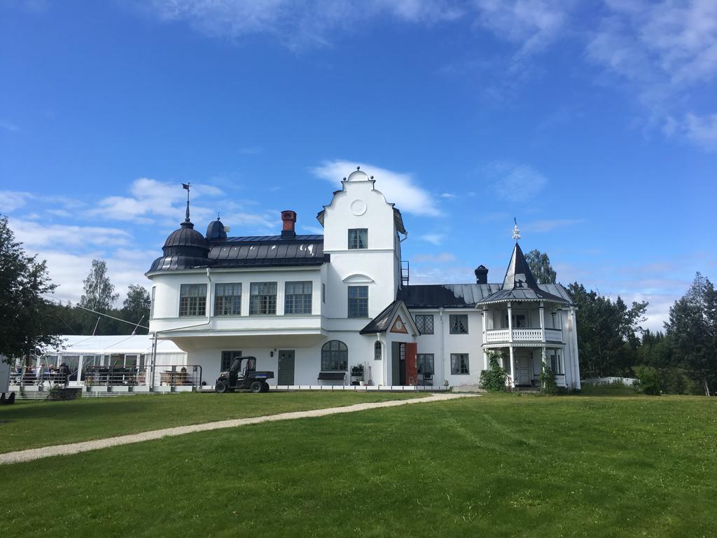Verkö Slott – en pärla i Storsjön