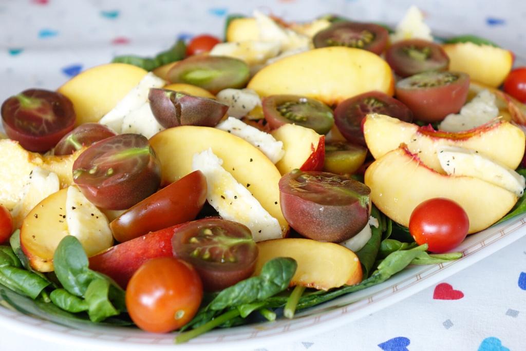Plocksallad med hemodlade tomater