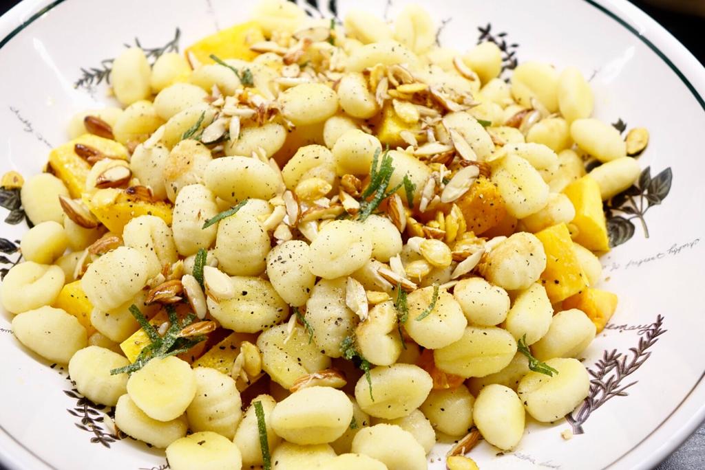 Gnocchi med pumpa och brynt smör