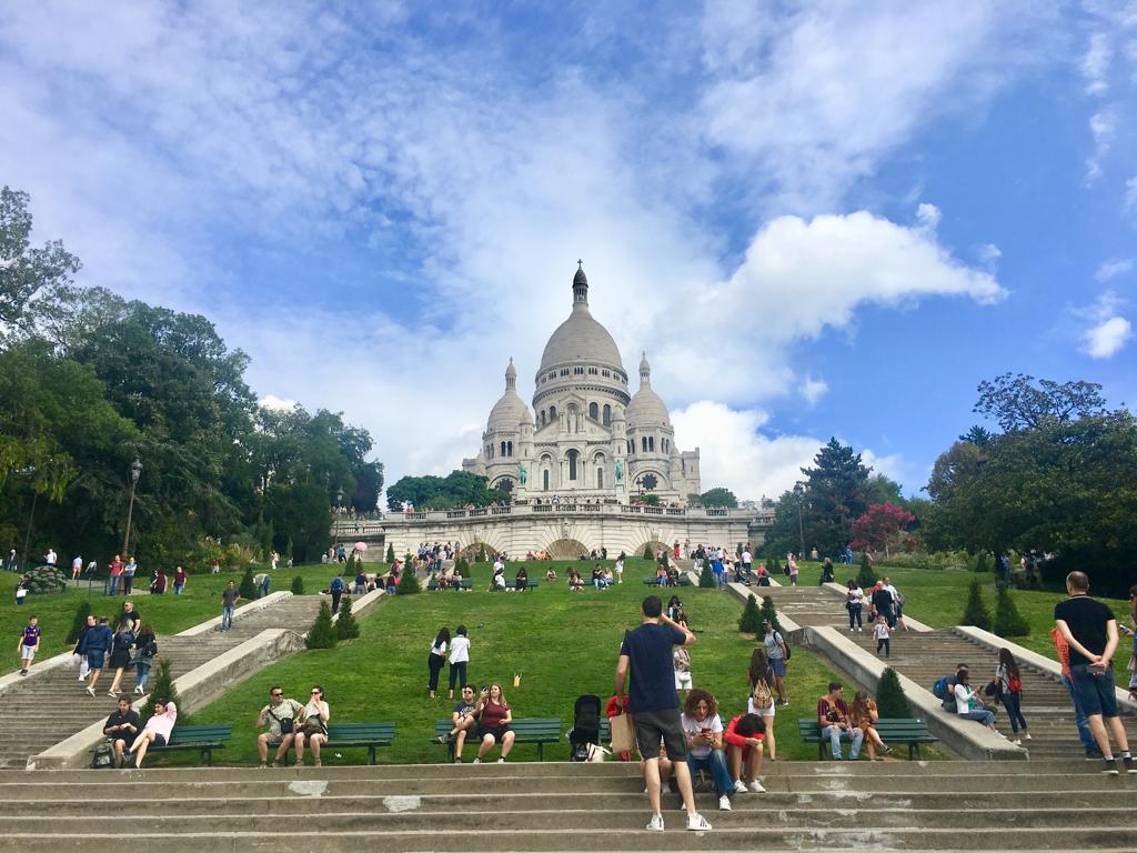 Klassiska Sacré-Cœur i Paris