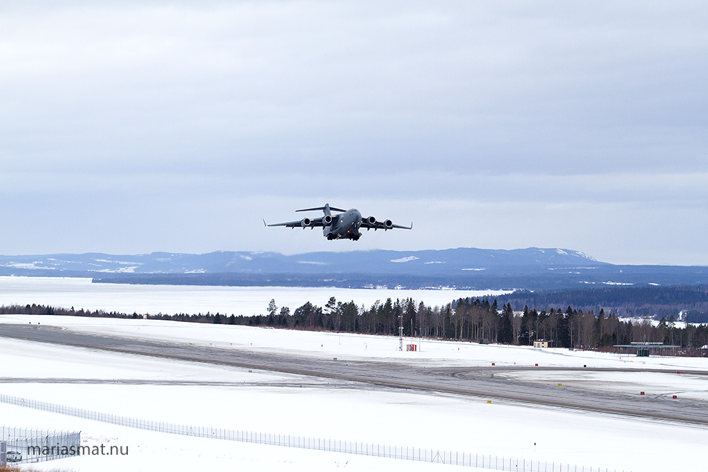 Boeing C-17 Globemaster III på Åre Östersund Airport